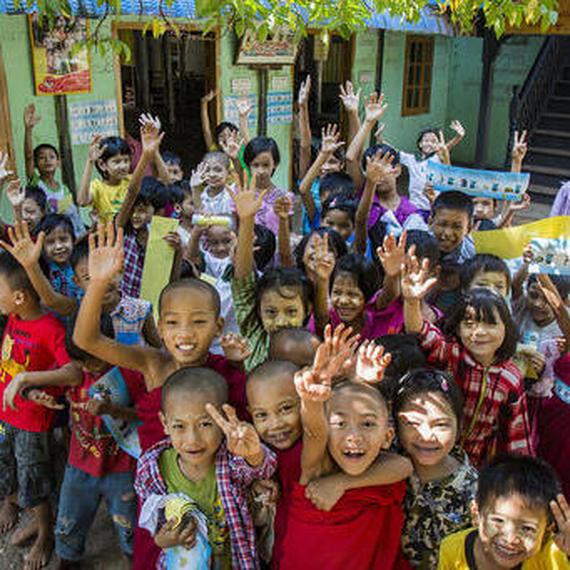 Un don pour un sourire au Myanmar