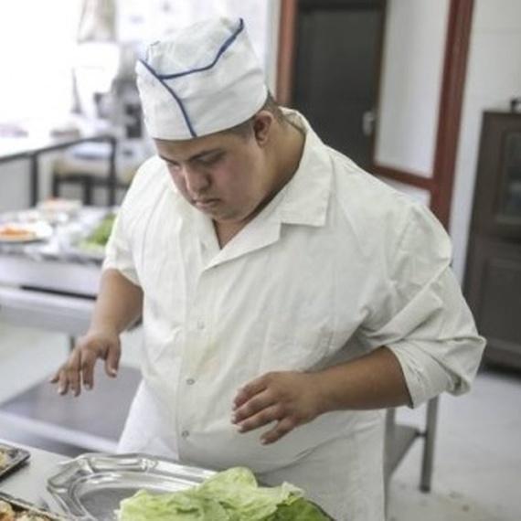 Des robots de cuisine pour un restaurant social et solidaire