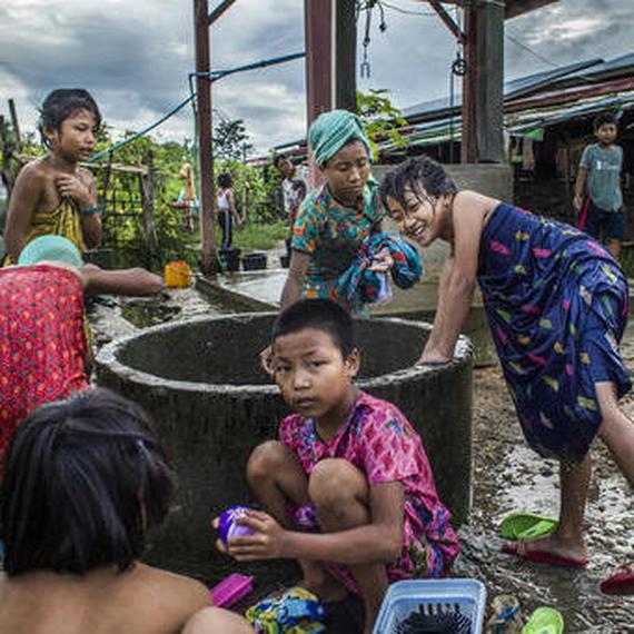 Collecte pour réduire la pollution au Myanmar