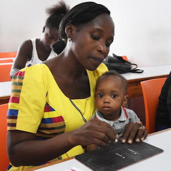 Un groupe, un espoir: Pour l'égalité des chances des filles en Côte d'Ivoire